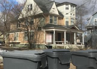 Foreclosed Home en S PARK ST, Kalamazoo, MI - 49001