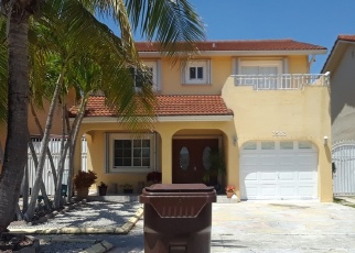 Foreclosed Home en W 71ST TER, Hialeah, FL - 33018