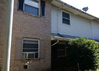 Foreclosed Home en MARY ANN WAY, Allentown, PA - 18109