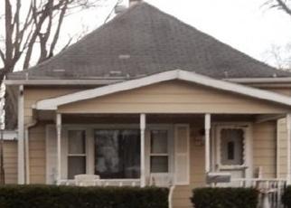 Foreclosed Home in E 7TH ST, Mount Carmel, IL - 62863