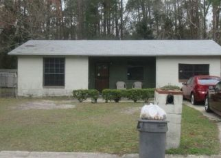 Foreclosed Home en GULLEGE DR, Jacksonville, FL - 32219