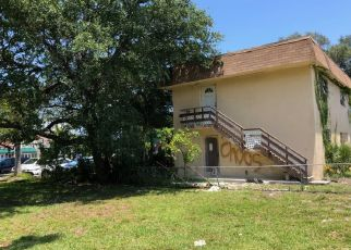 Foreclosed Home en SW 1ST ST, Hallandale, FL - 33009