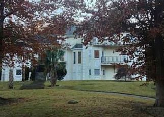 Foreclosed Home en RIVER MANSION DR, Duluth, GA - 30096