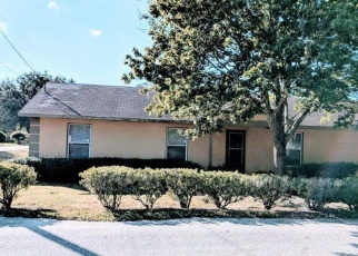 Foreclosed Home en BALDWIN AVE, Groveland, FL - 34736