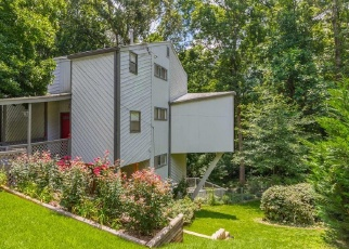 Foreclosed Home en LAUREL CLIFF DR SE, Smyrna, GA - 30082