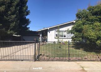 Foreclosed Home en SHENANDOAH DR, Sacramento, CA - 95841
