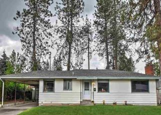 Foreclosed Home en W HOUSTON AVE, Spokane, WA - 99208