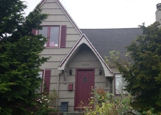 Foreclosed Home en 41ST AVE SW, Seattle, WA - 98116