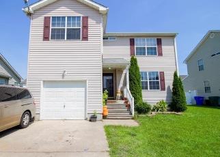 Foreclosed Home en CRIPPLE CREEK LN, Suffolk, VA - 23434