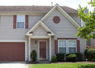 Foreclosed Home en KINGS GATE, Chesapeake, VA - 23320