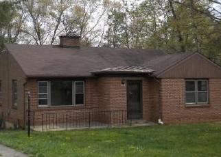 Foreclosed Home en DELLWOOD DR, Madison Heights, VA - 24572