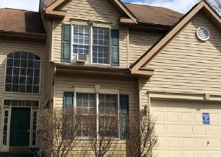 Foreclosed Home en WALCOTT AVE, Fairfax, VA - 22030