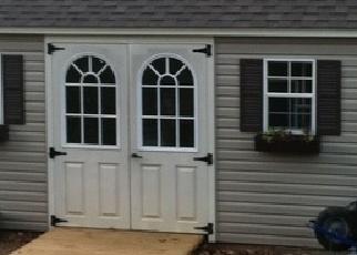 Foreclosed Home en LAKE JORDAN LNDG, Petersburg, VA - 23803