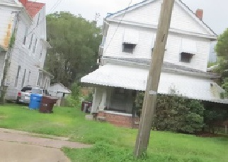 Foreclosed Home en CHESAPEAKE AVE, Chesapeake, VA - 23324