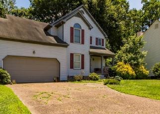Foreclosed Home en SADDLE DR, Newport News, VA - 23602