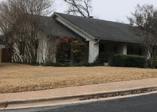 Foreclosed Home in HONEY TREE LN, Austin, TX - 78746