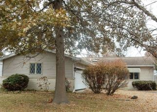 Foreclosed Home in YEOMAN DR, Springfield, IL - 62704