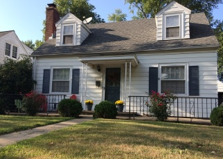 Foreclosed Home in W BARKER AVE, Peoria, IL - 61604