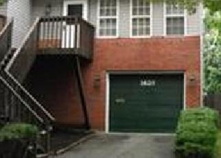 Foreclosed Home en E 9TH ST, Bethlehem, PA - 18015