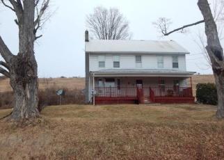 Foreclosed Home en RIDGE RD, Montrose, PA - 18801
