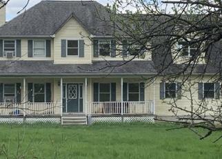 Foreclosed Home en GATE SCHOOLHOUSE RD, New Hampton, NY - 10958