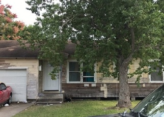 Foreclosed Home in COLLINGSWOOD DR, Corpus Christi, TX - 78412