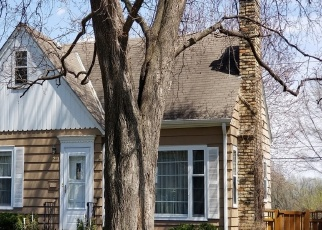 Foreclosed Home en 12TH AVE S, Minneapolis, MN - 55417