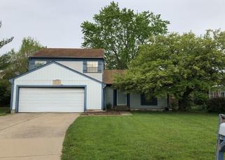 Foreclosed Home en HONEYSUCKLE LN, Lansing, MI - 48917
