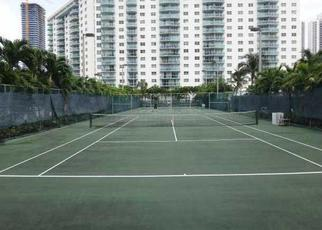 Foreclosed Home en COLLINS AVE, North Miami Beach, FL - 33160