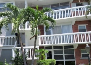 Foreclosed Home en NE 10TH AVE, Hallandale, FL - 33009