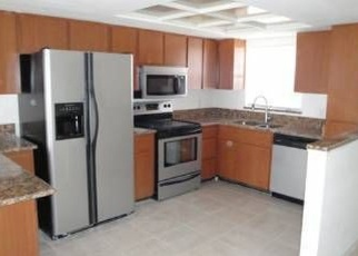 Foreclosed Home in WESTWOOD DR, Lutz, FL - 33549