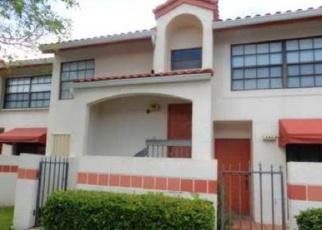 Foreclosed Home en FREEDOM CT, Deerfield Beach, FL - 33442