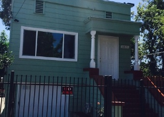 Foreclosed Home en E 16TH ST, Oakland, CA - 94621