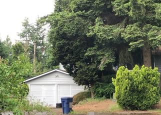 Foreclosed Home en 123RD AVE NE, Kirkland, WA - 98034