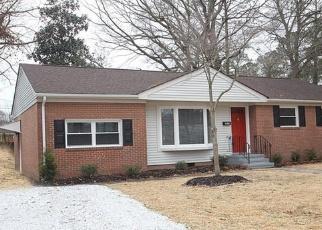 Foreclosed Home en FORT RICE ST, Petersburg, VA - 23805