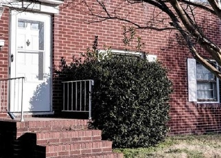 Foreclosed Home en CAY ST, Newport News, VA - 23605