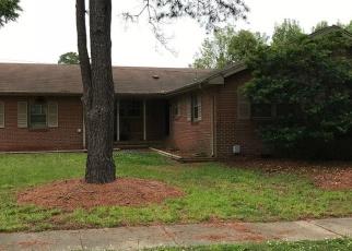 Foreclosed Home en LEEPOINT RD, Norfolk, VA - 23502