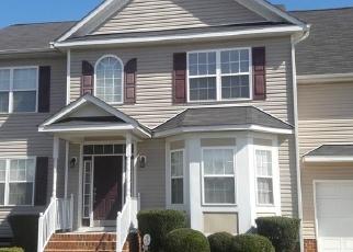 Foreclosed Home en MACALLAN PKWY, Richmond, VA - 23231