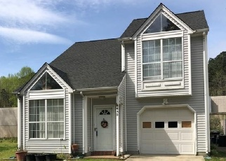 Foreclosed Home en CHARTER OAK DR, Newport News, VA - 23608