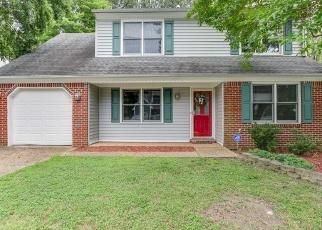 Foreclosed Home en KENTWELL CT, Newport News, VA - 23608