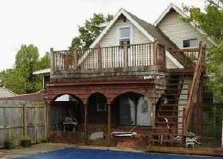 Foreclosed Home in MAXWELL AVE, Evansville, IN - 47711
