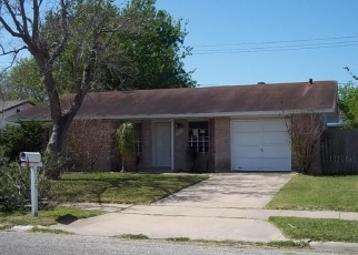 Foreclosed Home in LESLE LN, Corpus Christi, TX - 78412