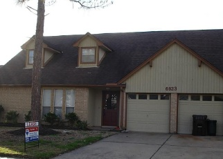 Foreclosed Home in GLEN ROSA DR, Katy, TX - 77494