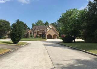 Foreclosed Home in PLAYER PARK DR, Humble, TX - 77346