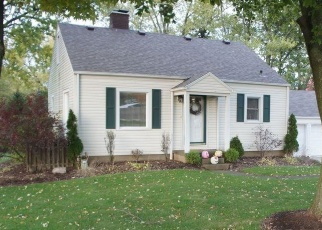 Foreclosed Home en PLEASANT ST NW, Canton, OH - 44720