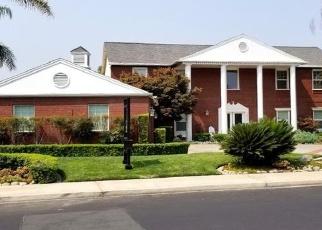 Foreclosed Home en VIADER DR, Modesto, CA - 95356