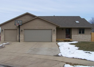 Foreclosed Home en S JAY CIR, Sioux Falls, SD - 57103