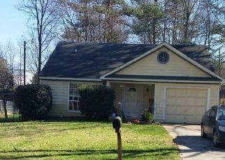 Foreclosed Home in GREAT WAGON RD, Charlotte, NC - 28215