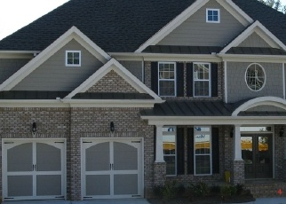 Foreclosed Home en WATERFALL WAY, Buford, GA - 30518