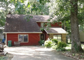 Foreclosed Home en WALKER RD, Stone Mountain, GA - 30088